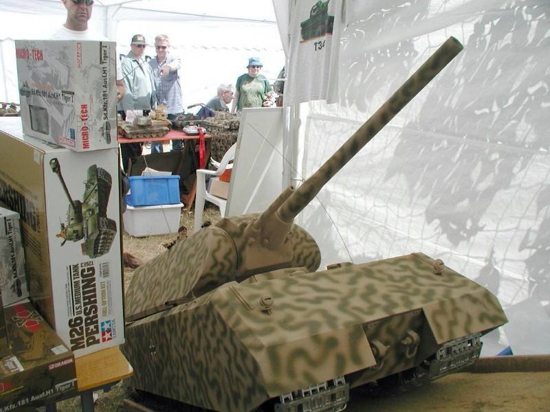 Radio Controlled Tank Maus 1/6 scale