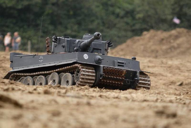 Radio Controlled Tank Tiger 1/4 scale