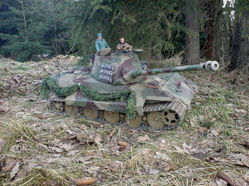 Radio Controlled Tank King Tiger 1/6 scale