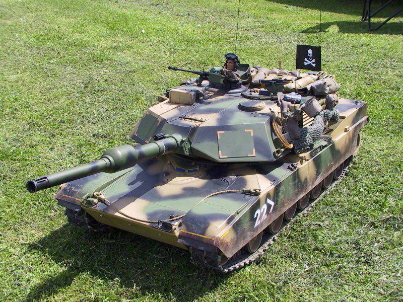 Radio Controlled Tank Abrams 1/8 scale
