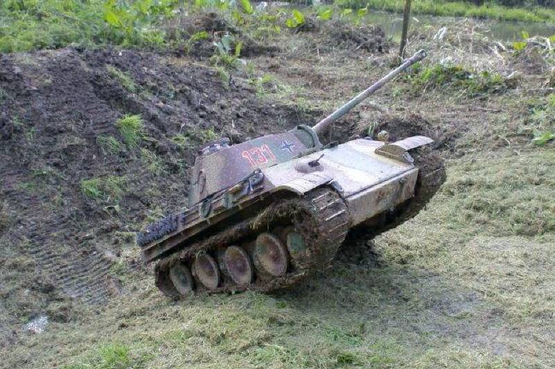 Radio Controlled Tank Panther 1/6 scale
