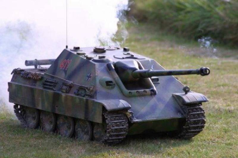 Radio Controlled Tank Jagdpanther 1/6 scale